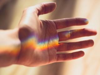 t-rainbowhand